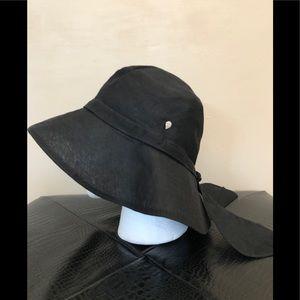 Helen Kaminski Bow Accent Black Linen Sun Hat